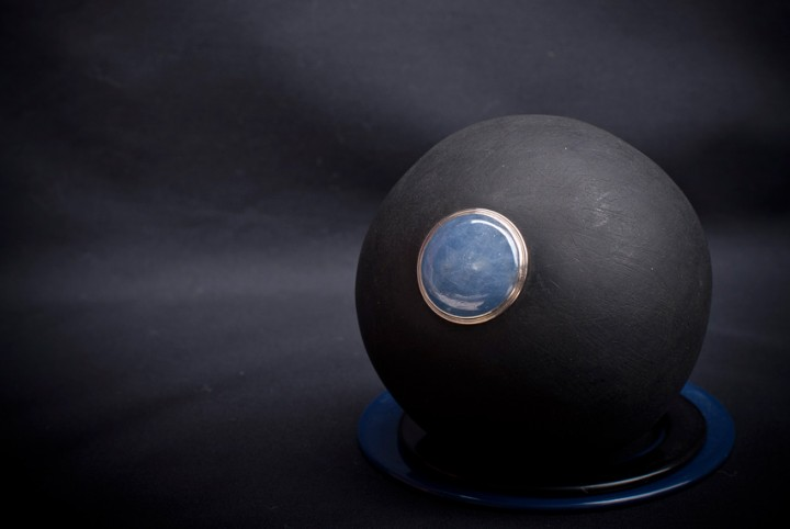 RoseMorant-sphere-18SML-MATT-SMOOTH-BLACK-Temple-Hotel_1140x570
